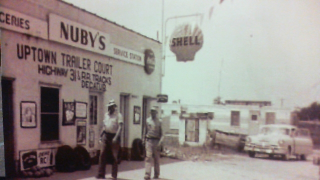 Nuby's Shell Service Station