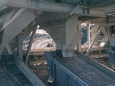 Lone Star Northwest 2,500 TPH crushing plant; finish screens undersize chutes