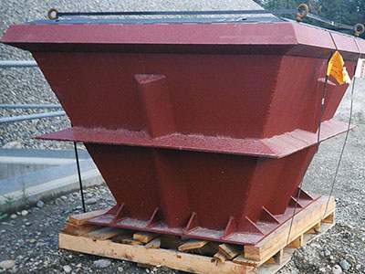 Lone Star Northwest Coarse Material and Crusher Dust Surge Pile Reclaim Feeder Hoppers